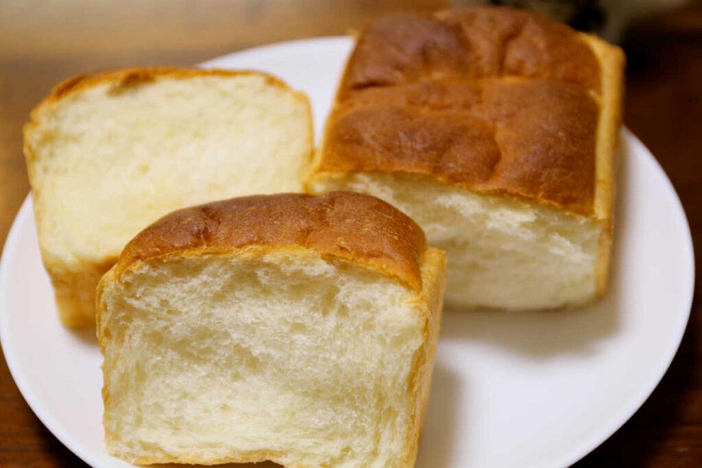 クリームパン4分の1