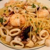 明大前 バッカの魚介色々ペスカトーレ・ビアンコのスパゲッティ
