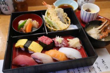 下高井戸 旭鮨総本店のランチ松花堂 渡り蟹の味噌汁