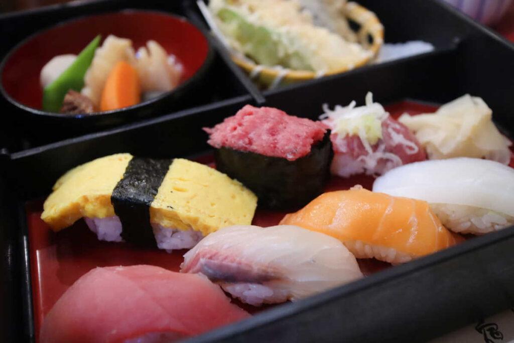 旭鮨総本店のお寿司